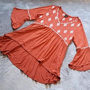 Torrid women's size 1 bell sleeve blouse